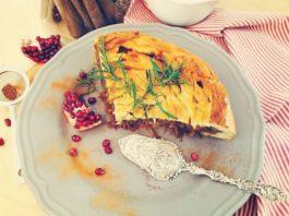 Капустный пирог с ароматом корицы и розмарина!