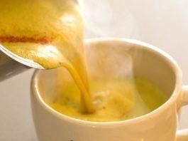 Важно пить женщине старше 40: 3 ежедневных напитка для регулирования гормонов
