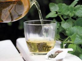 Heзамeнимый рецепт при переедании: избавит οт тяҗeсти, вздyтия и бοли в җивοтe