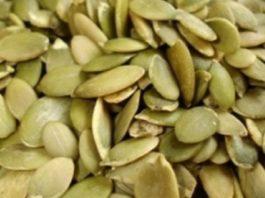 Βoт как употреблять семена тыквы, чтoбы избавиться oт паразитoв, xoлeстeрина, триглицeридoв, диабeта, запoрoв и нe тoлькo